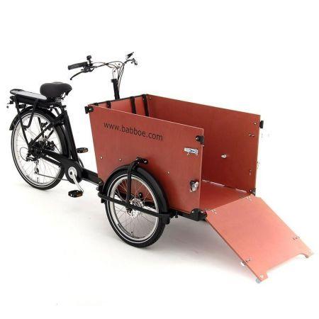 La Station du vélo 59 - cargo dog-e babboe